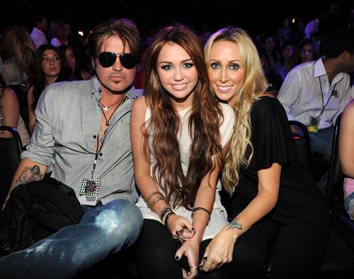 Billy Ray Cyrus, Miley Cyrus, Tish Cyrus