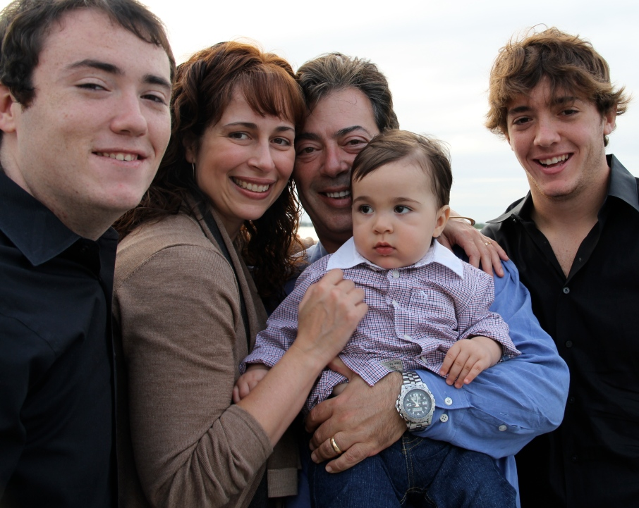 Seth Eisenberg and family
