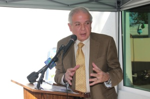 Miami Mayor Tomas Regalado